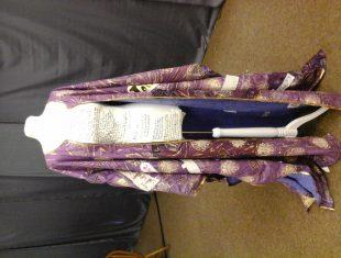 lesley Illingworth storytelling coat